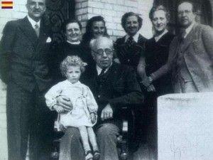 Manuel Azaña y familia en el exilio (1940)